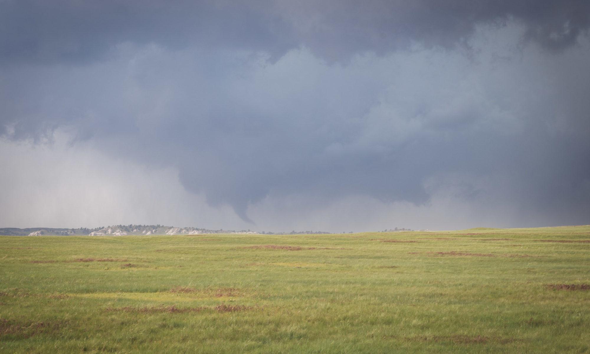 Tornado SE Wyoming - © TsWISsTER