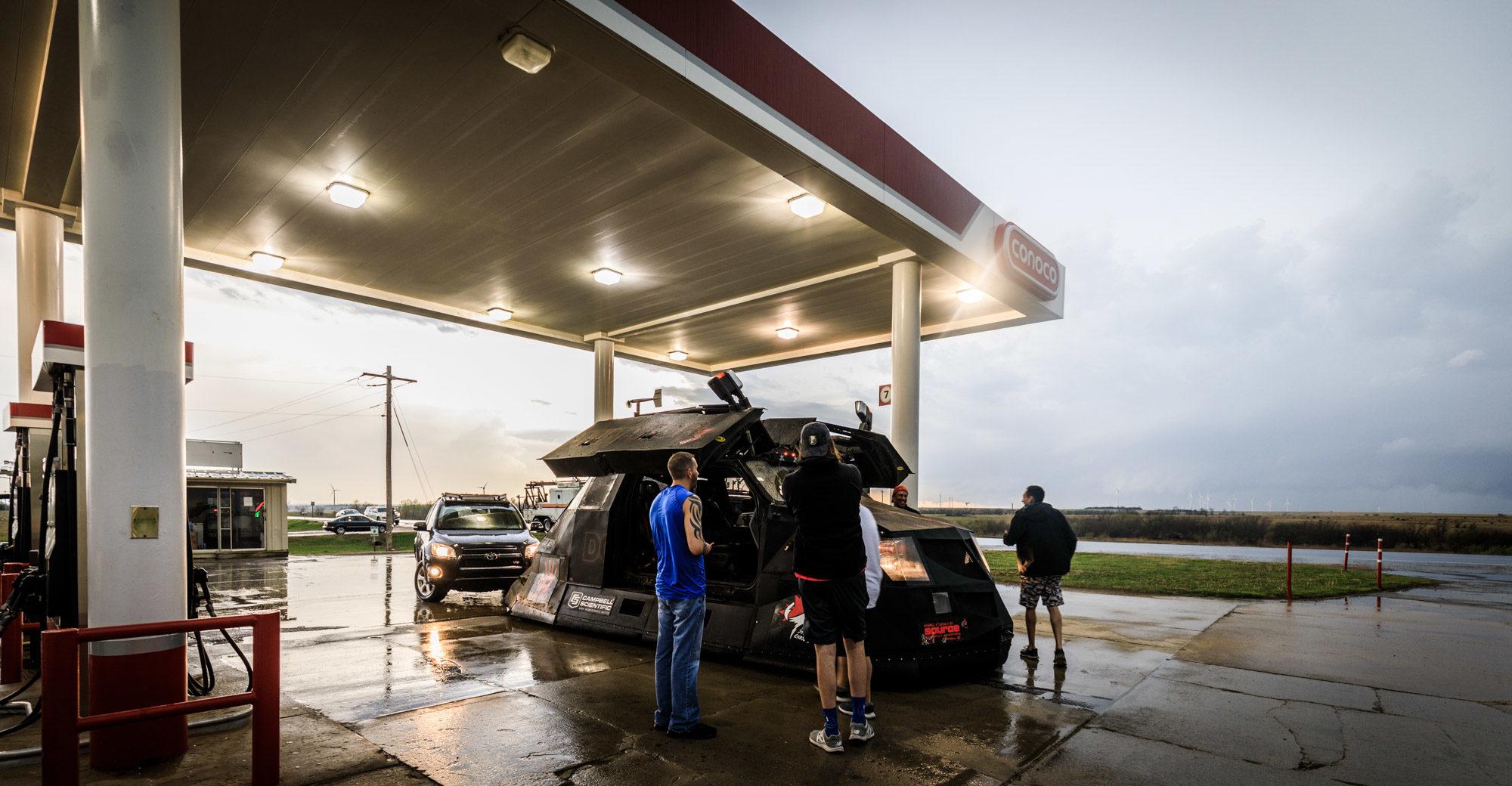 Gas station - Team Dominator 3 - Tescott, KS - © TsWISsTER