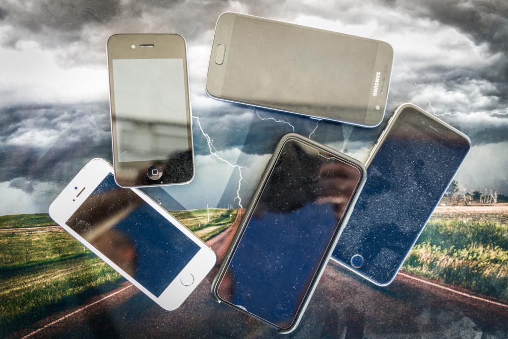 Smartphones - © TsWISsTER